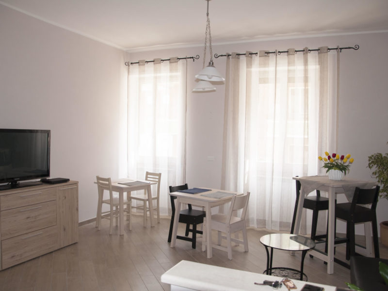 velia-bed-and-breakfast-gaeta-angolo-breakfast-tv